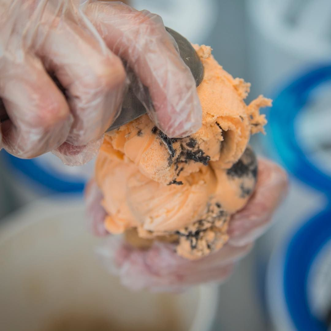 We serve assorted Chapman's hard serve ice cream! We love summer! #RedDeer #IceCream #YQF #BowerPonds #Tiger #explore #Summer #ColdTreats #CreamyGoodness
