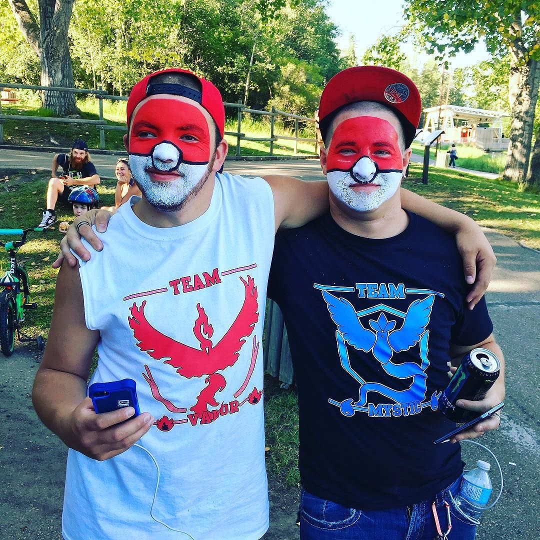 People are starting to gather! Don't forget to bring a donation for Prime Stock Theatre! #PokemonGo #MeetUp #BowerPonds #RedDeer #YQF #alberta #Pokemon #FacePaint #Recreation