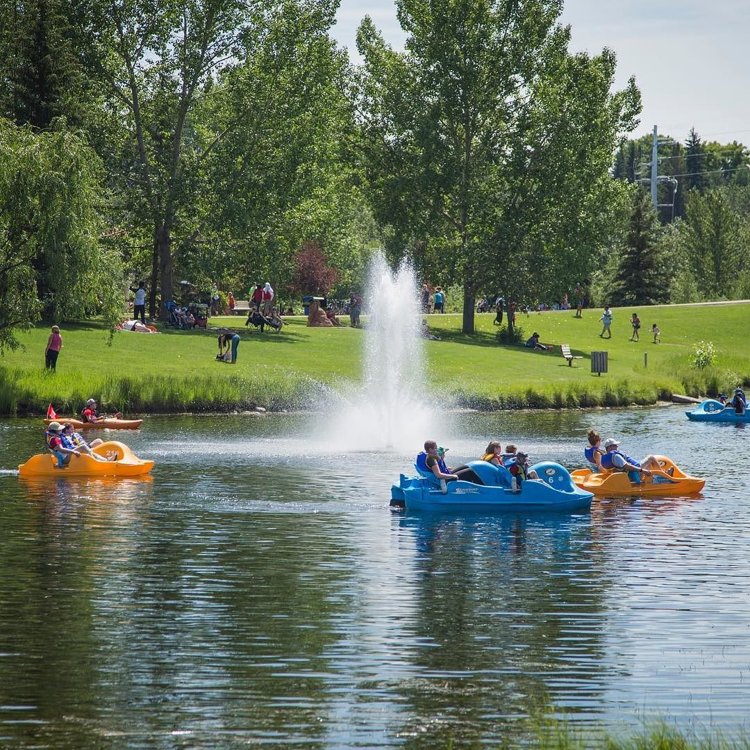 Final day of Kids (12 & under) Ride Free! 4:30-7:30 we can't wait to see you! #RedDeer #BowerPonds #yqf #PaddleBoat #Family #Kids #Free #Recreation